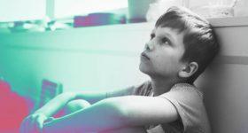 Cómo gestionar los enfados de un niño o niña con 4 claves
